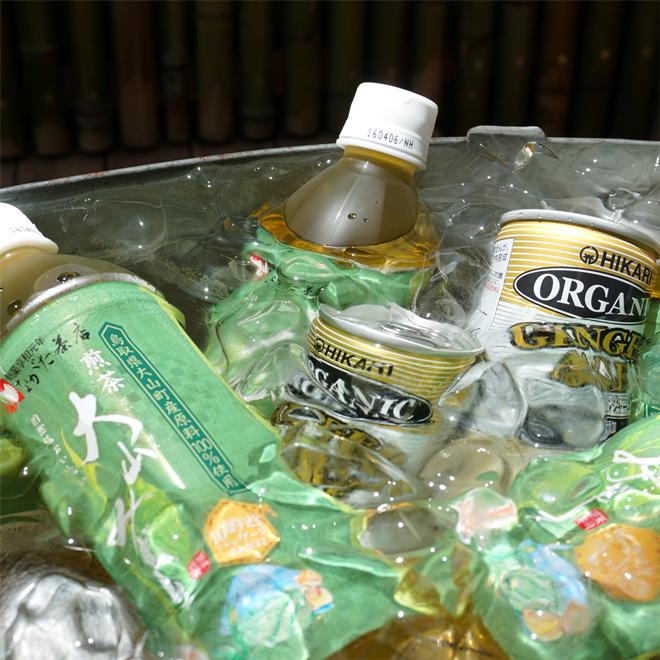 有機緑茶(税別)140円 有機ジンジャーエール130円(税別)
