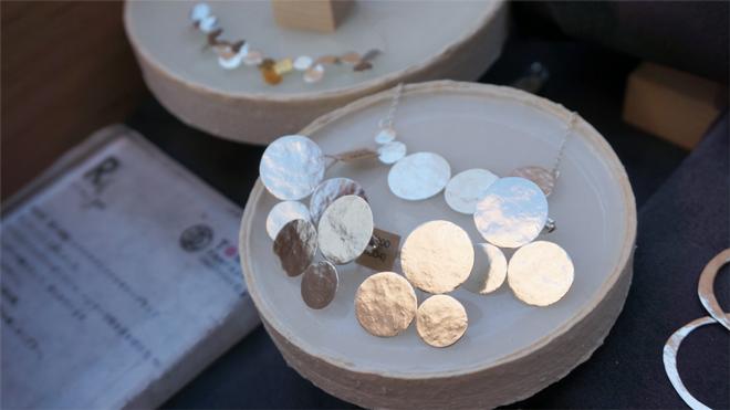 R 銀&真鍮アクセサリー circle