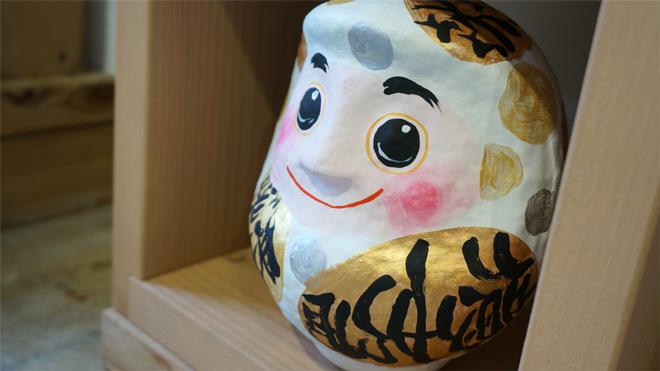画家 名嘉真麻希 個展「だるまちゃん」
