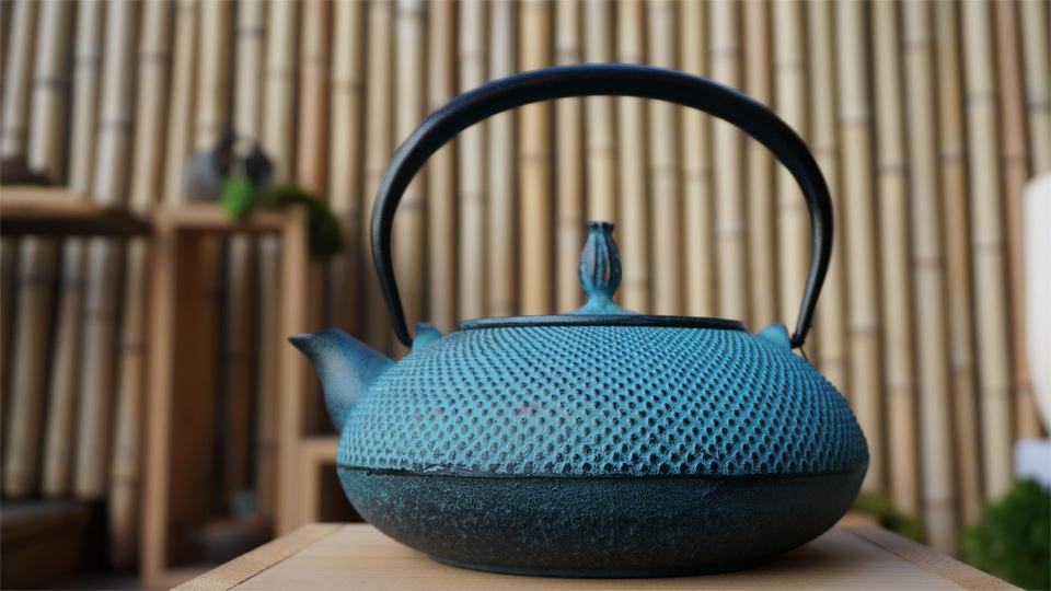 南部宝生堂(及富 OITOMI)南部鉄器 鉄瓶