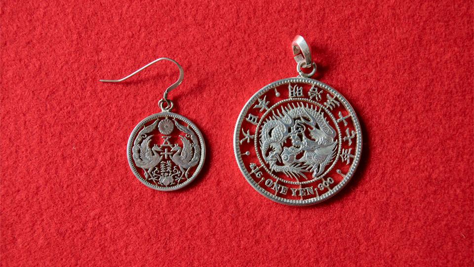 龍一圓銀貨 鳳凰五十銭銀貨 アンティークコイン(竜一円銀貨)