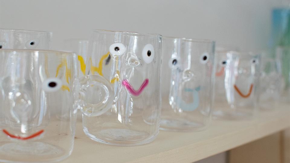 安達 寿英 toccio! glass works かおグラス ガラスマグカップ